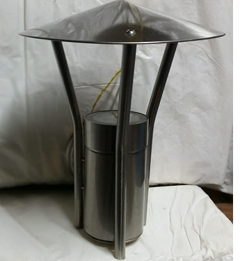lámpara de pared moderna para exterior acabado en aluminio plateado